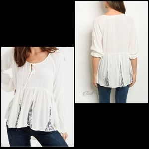 🆕 AEO lace peplum peasant top size small